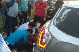 Motosikletli Kurye Otomobile Çaptı! 1 Yaralı