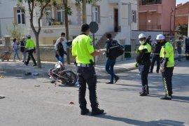 Karaman'da midibüs ile motosiklet çarpıştı: 2 yaralı