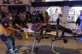 Moto kurye kadına çarptı: 2 yaralı