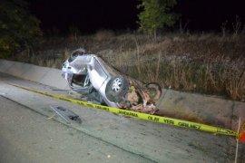 Karaman'da devrilen otomobilin sürücüsü öldü