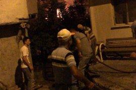 Ermenek'te yangın! Ahşap evler kül oldu