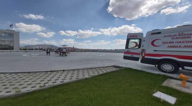 Kayseri'de ambulans helikopter 2 hasta için havalandı