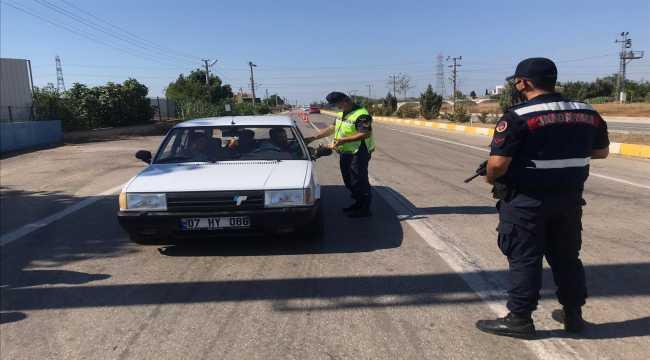 Jandarmadan sürücülere Kurban Bayramı kutlaması