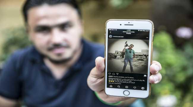 Savaşta yakınlarını kaybeden Suriyeli gazeteci, acı dolu günleri unutmak istiyor