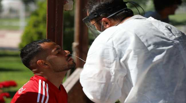 Sivasspor'da 9. kez Kovid-19 testi yapıldı