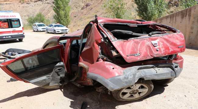 Burdur'da otomobil alt geçide düştü: 1 ölü, 2 yaralı