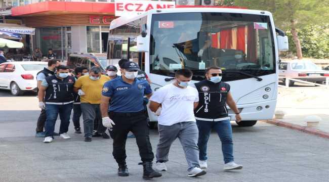 Kahramanmaraş'ta uyuşturucu operasyonunda 10 kişi tutuklandı