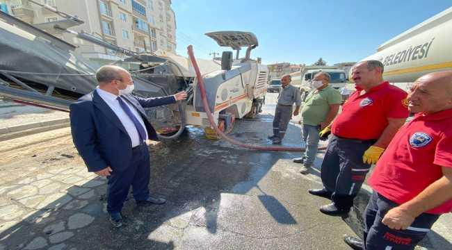 Kırşehir Belediyesinin asfalt çalışmaları sürüyor