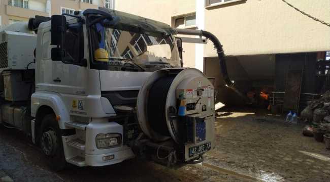 Konya selden etkilenen Giresun'a kanal açma araçları gönderdi