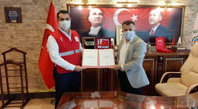 Reyhanlı Belediyesi ile Türk Kızılay arasında işbirliği protokolü imzalandı