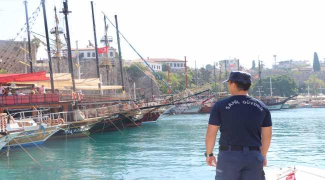 Sahil Güvenliğin tekne ve plaj denetimleri turistlere güven verdi