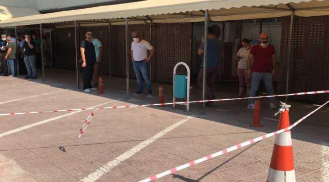 Adana'da hastane bahçesinde silahlı saldırı: 2 yaralı