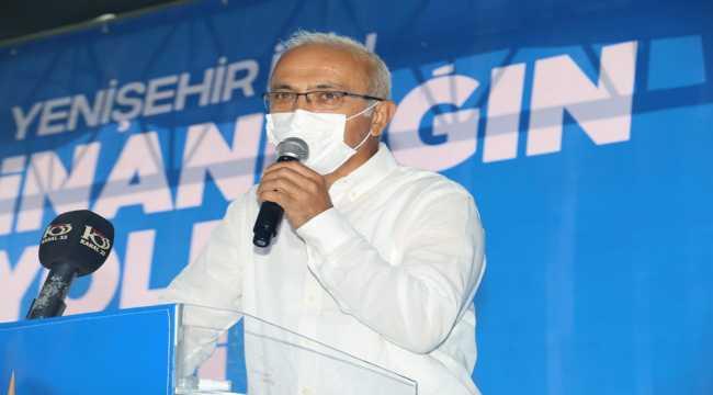 AK Partili Lütfi Elvan, Kongrede konuştu