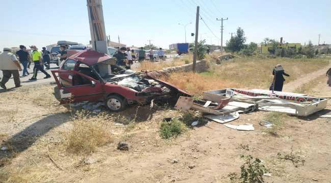 Aksaray'da direğe çarpan otomobilin sürücüsü öldü