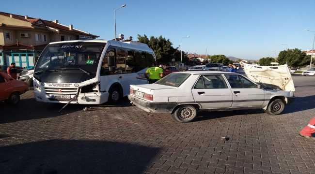 Fethiye'de minibüsle otomobil çarpıştı: 2 yaralı