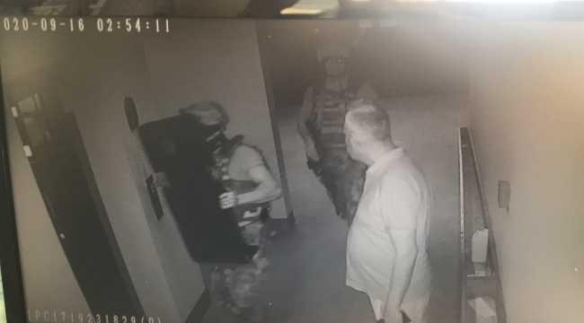 Adana'da kız arkadaşını darbeden ve 9. kattaki balkondan sarkıtan kişi operasyonla yakalandı