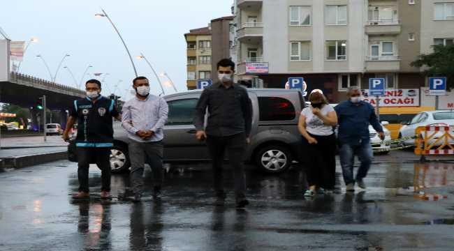 Kayseri'de hırsızlık yapan 4 zanlıdan 3'ü tutuklandı