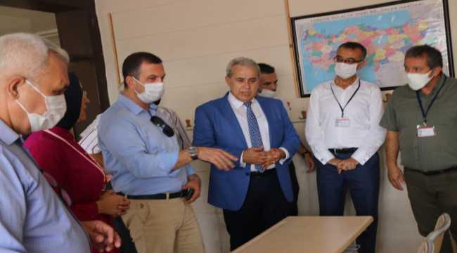 Kozan'da okullar eğitime hazırlanıyor