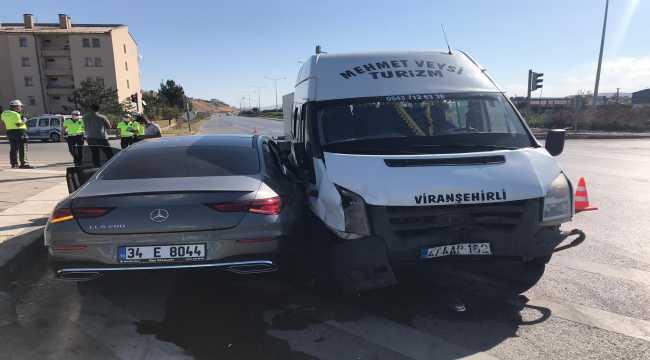 Sivassporlu Erdoğan Yeşilyurt trafik kazası geçirdi
