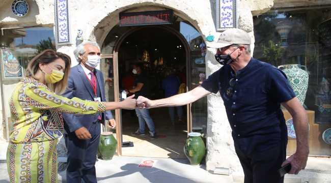 Uluslararası Turizm Filmleri Festivali jüri heyeti Kapadokya'yı gezdi
