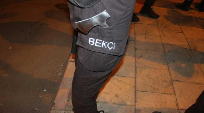 Adana'da baltalı yol verme kavgası: 1 yaralı