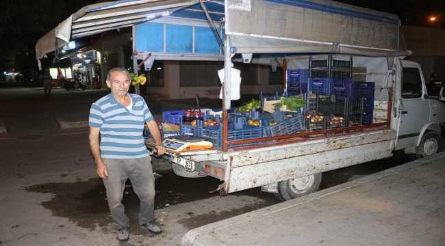 Adana'da sebze satan esnaf, parasının çalındığı iddiasıyla polise başvurdu