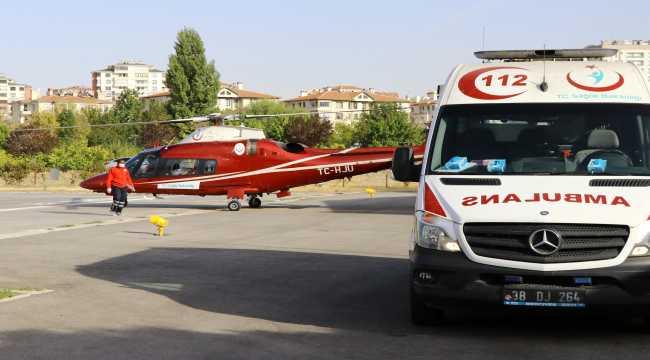 Ambulans helikopter kazada yaralanan tır sürücüsü için havalandı