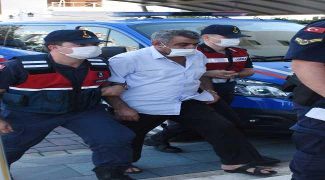 Antalya'da 61 litre sahte içki ele geçirildi