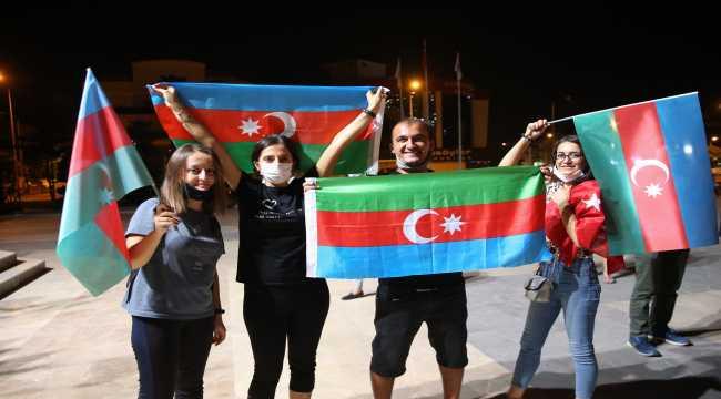 Antalya'da Azerbaycan'a destek için araç konvoyu oluşturuldu