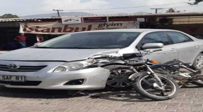Antalya'da otomobil ile motosiklet çarpıştı: 1 yaralı