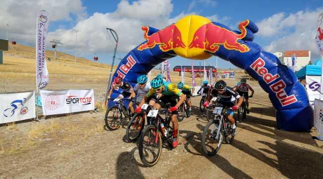 Erciyes Uluslararası Yol ve Dağ Bisikleti Yarışları'na devam edildi