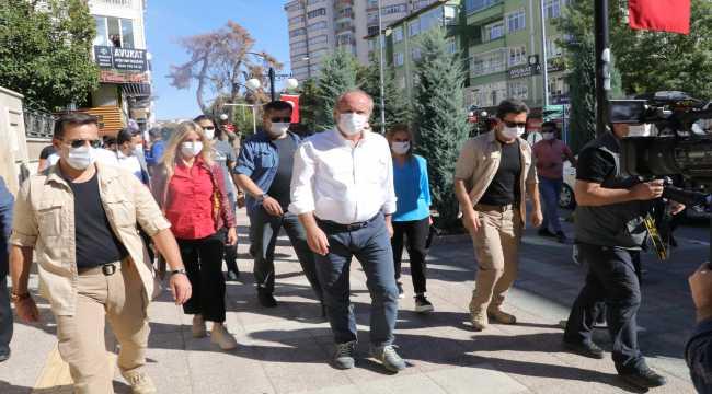 Eski CHP Milletvekili Muharrem İnce Yozgat ve Kırıkkale'de esnafı ziyaret etti