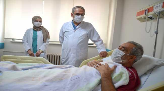 İnme hastası hava ambulansıyla getirildiği Konya'da sağlığına kavuştu