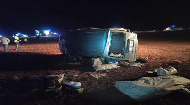 Kırıkkale'de hafif ticari araç devrildi: 4 yaralı