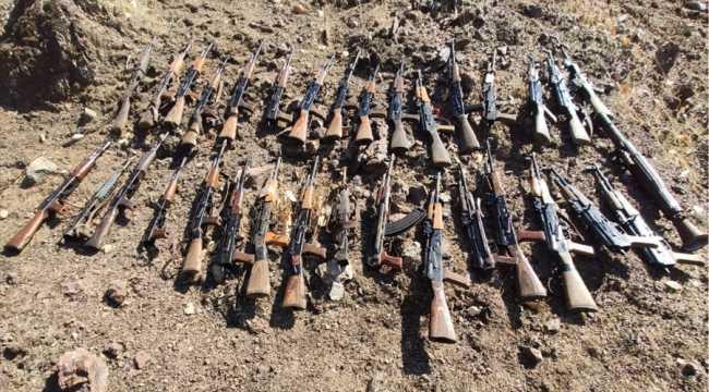 Pençe-Kaplan Operasyonu'nda PKK'ya ait silah ve mühimmat ele geçirildi