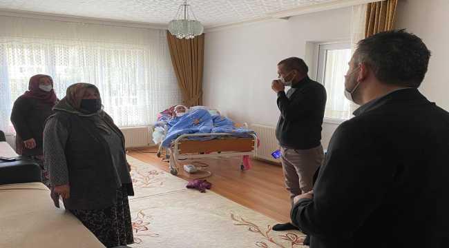 Pursaklar Belediye Başkanı Çetin'den hastalara ziyaret