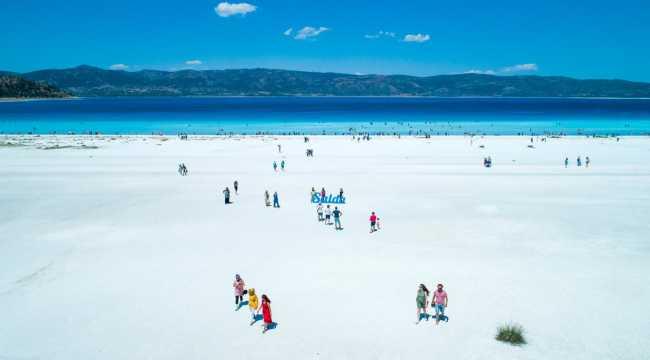 Salda Gölü çevresine 36 kilometre uzunluğunda bisiklet yolu