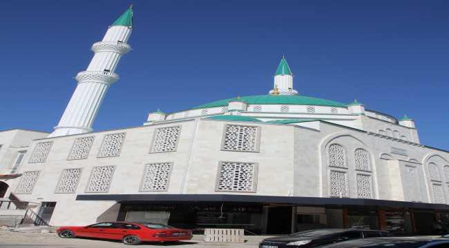 Serik'teki Merkez Camisi'nin inşaatında sona gelindi