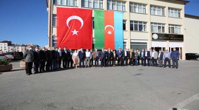 Sivas'tan Azerbaycan'a tam destek