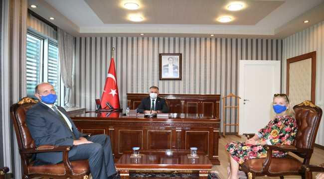 Vali Yazıcı'yı ziyaret eden Almanya'nın Antalya Başkonsolosu Wolfgang Wessel: