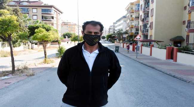 Alanya'da iki yıl önce tel örgüyle kapatılan cadde açıldı