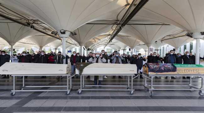 Ankara'da öldürülen anne ve iki çocuğu toprağa verildi