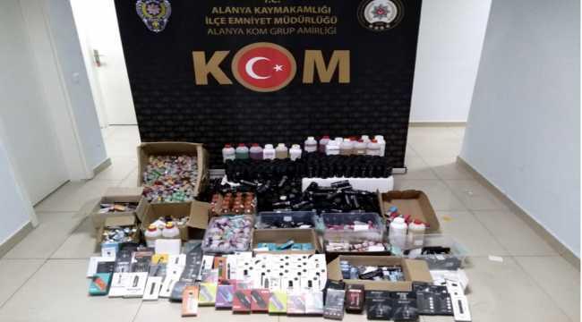 Antalya'da kaçak elektronik sigara ve likiti ele geçirildi