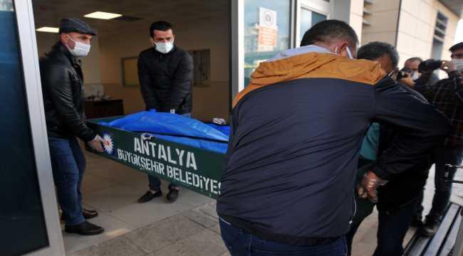 Antalya'da komşular arasında silahlı kavga: 1 ölü