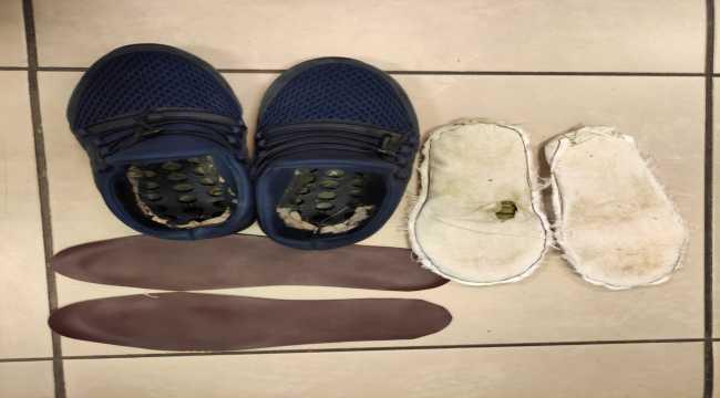 Antalya Havalimanı'nda ayakkabısının içinde uyuşturucu bulunan zanlı tutuklandı