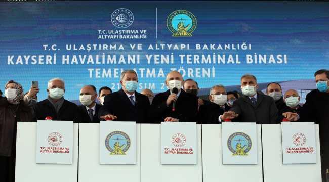 Bakan Akar, Kayseri Havalimanı yeni terminal binası temel atma töreninde konuştu: