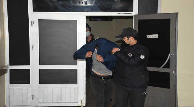 Boşandığı eşini ölümle tehdit eden kişi polis ekiplerince yakalandı