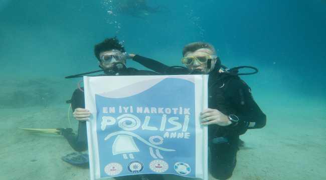 Denizin 10 metre derinliğinde