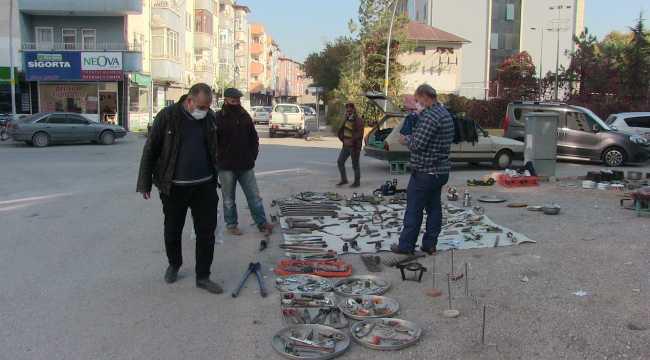 Elbistan'da eski eşya pazarına ilgi