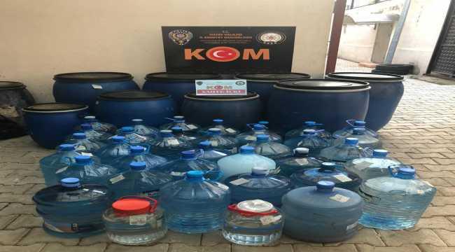 Hatay'da 1050 litre sahte içki ele geçirildi